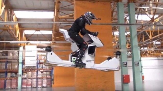 Scorpion-3, la prima hoverbike al mondo ridefinisce gli sport estremi