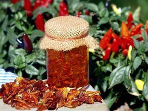 Sušené čili papričky v oleji