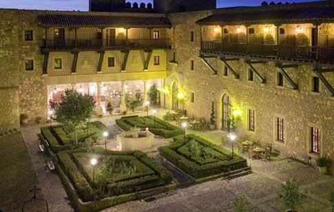Parador de Sigüenza, castillo medieval del siglo XII
