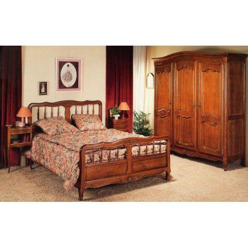 les 25 meilleures id es concernant chambre en merisier sur pinterest lit tra neau cerisier. Black Bedroom Furniture Sets. Home Design Ideas