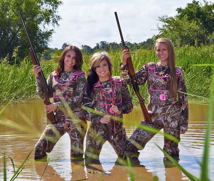 Best 25 camo senior pictures ideas on pinterest hunting for Country girl fishing