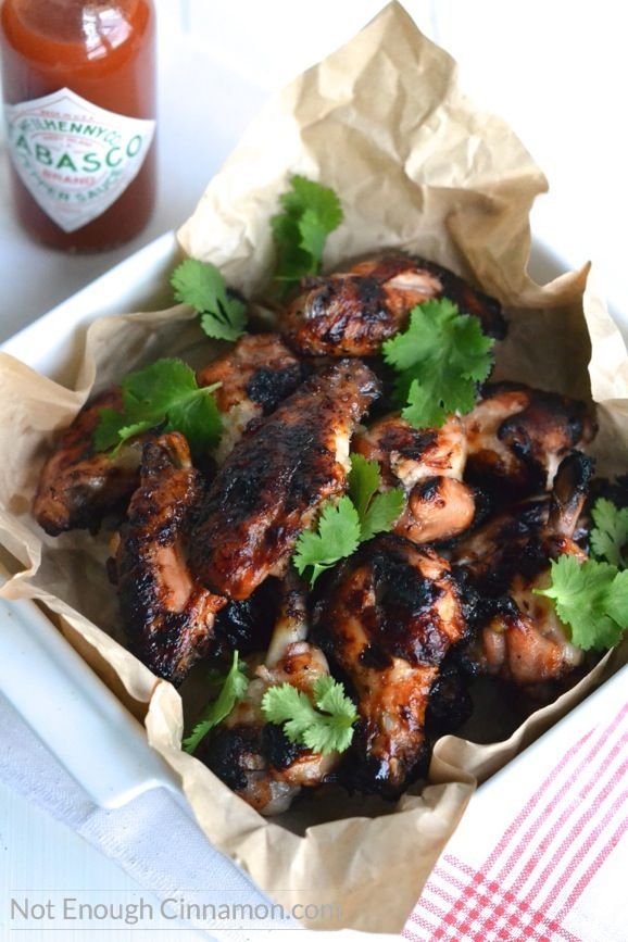 These Oven Baked Crispy Chicken Wings are super easy to prepare and delicious. Gluten free and paleo.