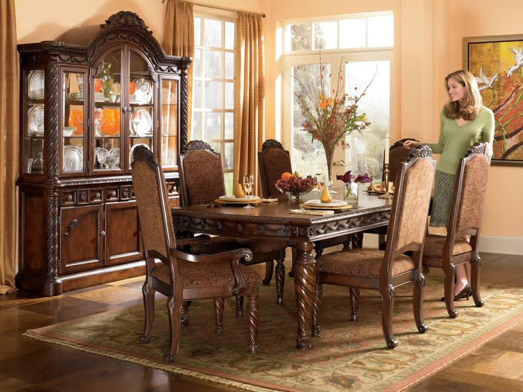 4 Luxury Dining Room Furniture Sets