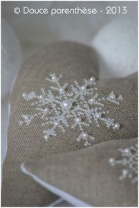 6 Snow flakes, simply beautiful. Love the contrast between the fabric and the delicate flakes