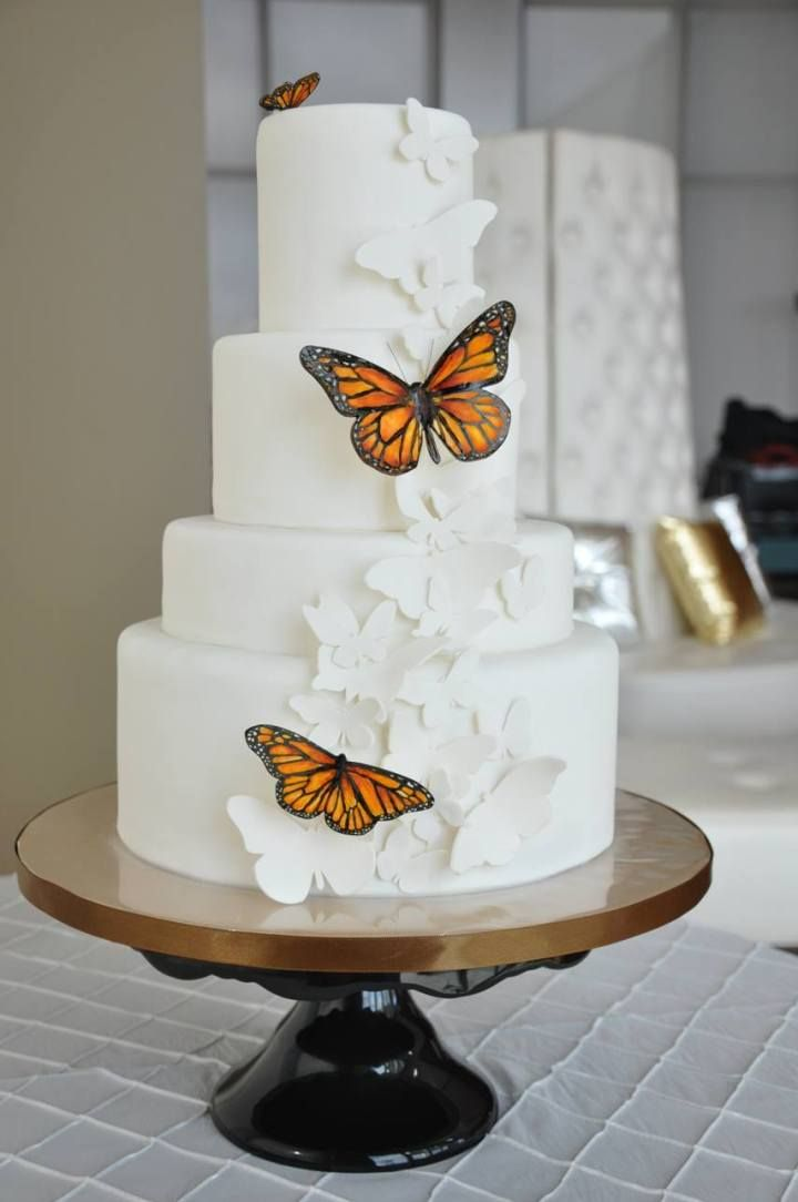 So Much to Love from These Brilliant Wedding Cakes - Cake: Sweet Cheeks Baking Company