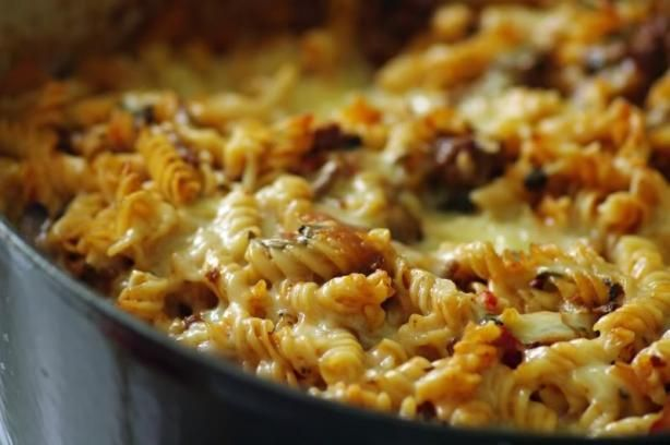 Classic Baked Ziti - very Italian!: Baking Ziti Recipes, Simple Italian, Casseroles Dishes, Classic Baking, Baked Ziti, Baking Dinners Dishes, Italian Casseroles, Favorite Recipes, Pasta And Meat Dishes