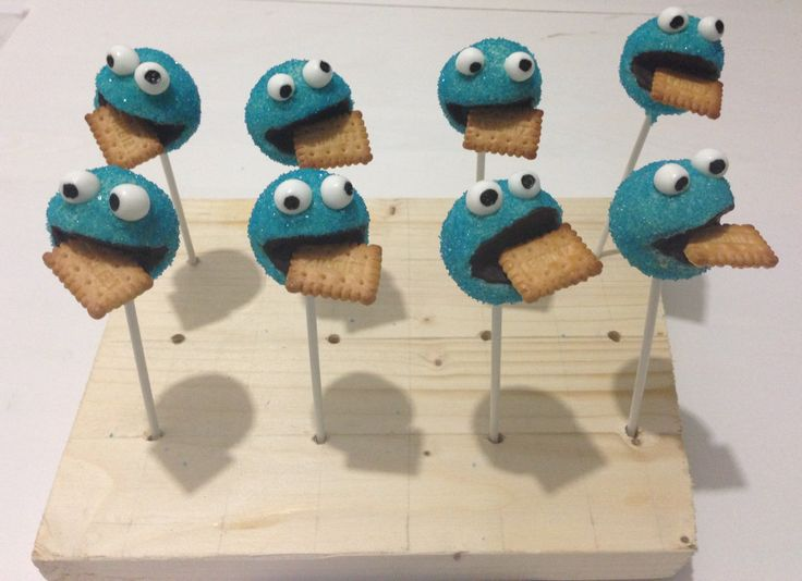 how to make cookie monster cake pops