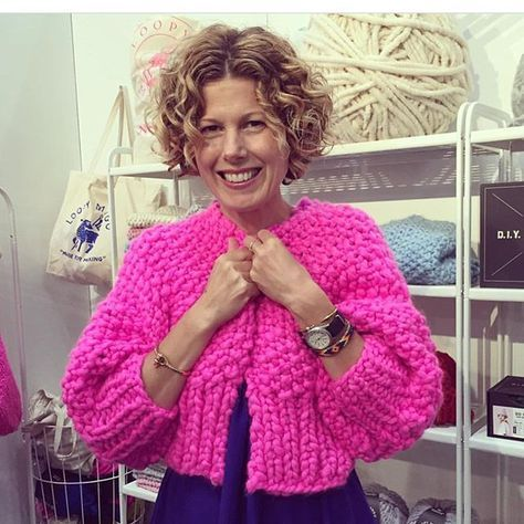 c217e072b9 Loopy Mango Super Cropped Carsigan in Spicy Hot Pink.  madeformaking  루피망고   loopymango  croppedcardigan  iloveloopymango  merinono5  메리노넘버파이브 ...