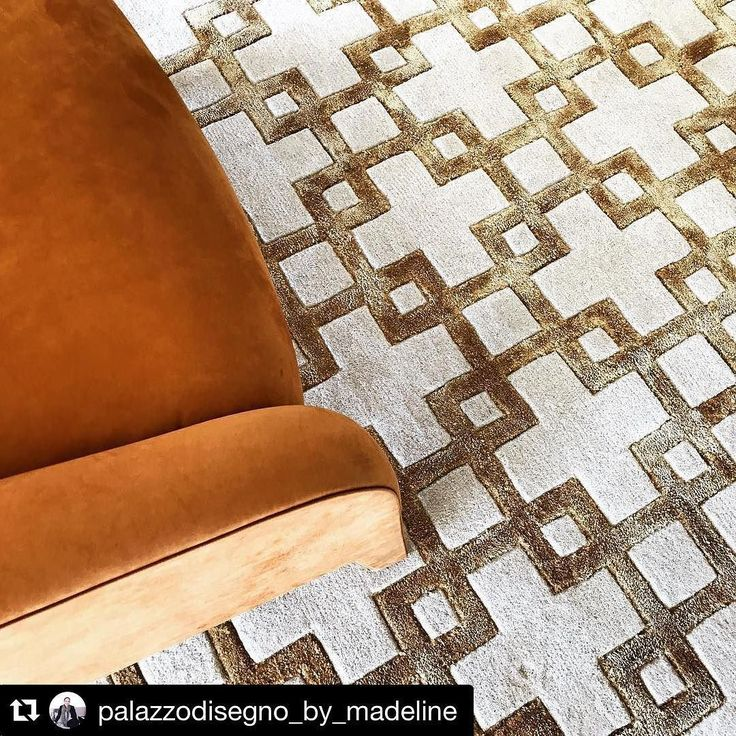 Installation day......it's all starting to come together #customdesign #orange #handknottedcarpet #fendicasa #italianleather #palazzodisegno