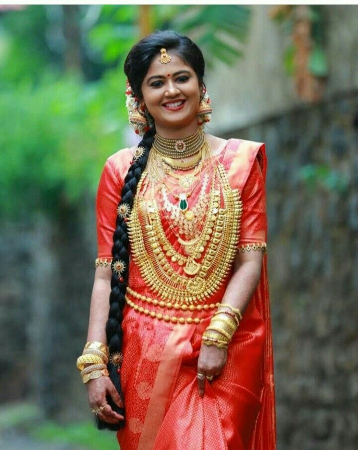 Pin by manojmanoharan on kerala bride | Bridal hairstyle indian wedding, South indian bride ...