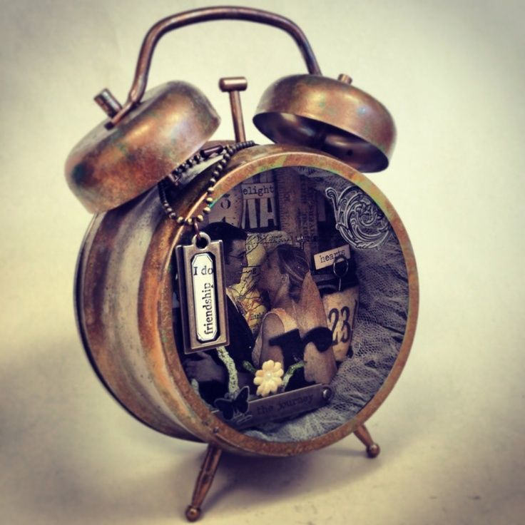Tim Holtz Altered Clocks | Tim Holtz clock class! at happypaperpusher in Bloomington - excited!!