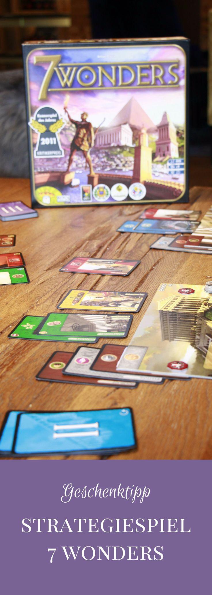 Geschenkidee für Erwachsene: Das Gesellschaftsspiel 7 Wonders von Asmodee ist ein Strategiespiel, das für spielverrückte Erwachsene perfekt ist. Der Spieletipp sorgt für viele spannende Stunden und ist ein Geschenktipp für Weihnachten. - #werbung #asmodee #7wonders