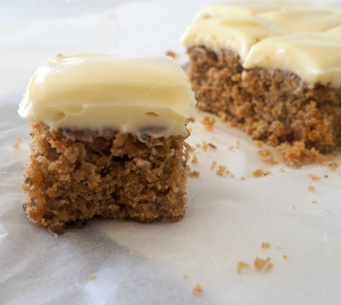 I've been on a bit of a roll when it comes to carrot recipes lately and this Carrot Cake Slice with Cream Cheese Frosting is my latest creation.
