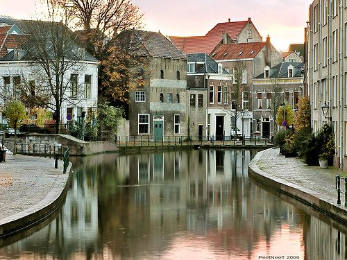 Holland old Town - Canon G7- by PeeTNeeT, via Flickr