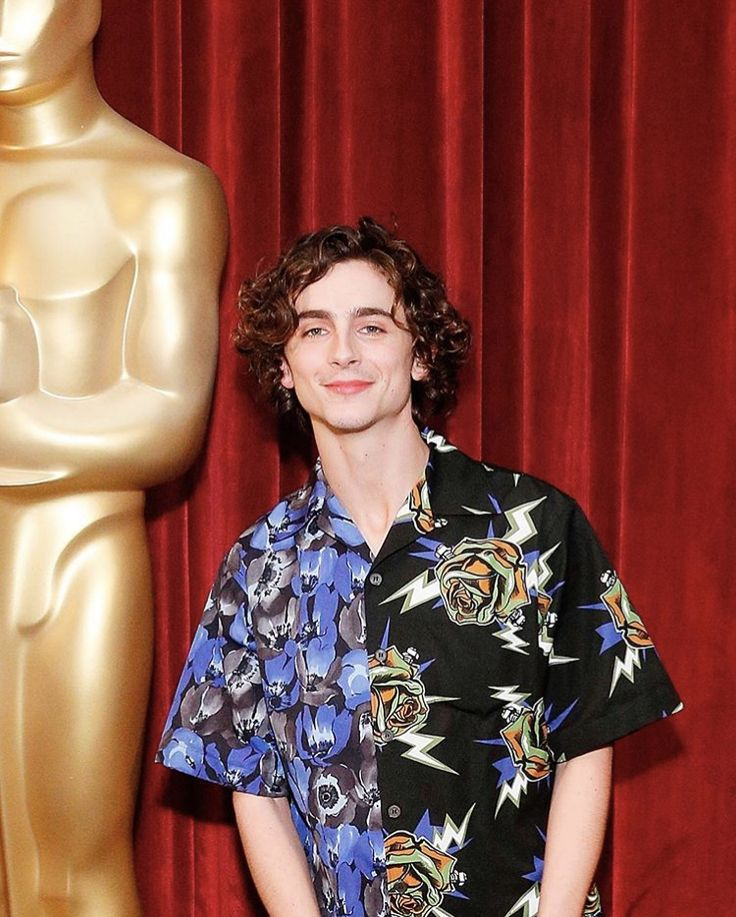 Pin by Shania_230205 on TIMOTHÉE CHALAMET in 2020