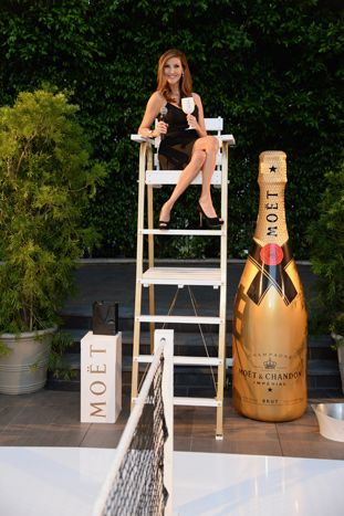 Comedian Heather McDonald served as the M.C. during the match.  Photo: Michael Kovac/Getty Images for Moet & Chandon