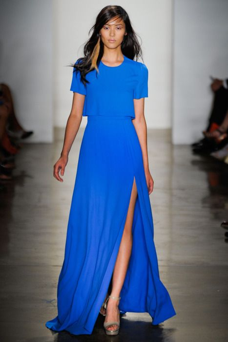 Look out Angelina Jolie!   Great slit. Lovely shapes.