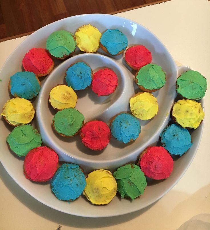 Rainbow cupcakes