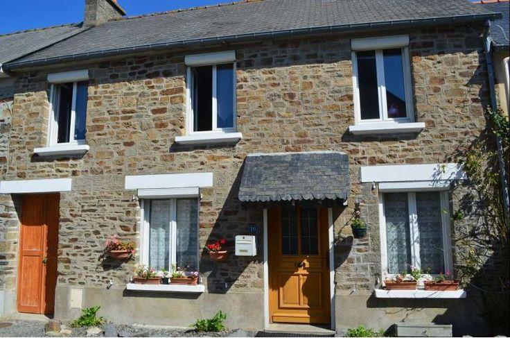 35111 La Fresnais House - For Sale