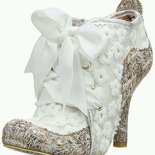 بوتيك لاجن لوك ماركات أوربيه حصرية في الكويت العنوان مجمع بلازا السالمية شارع س In 2020 Irregular Choice Wedding Shoes Girly Shoes Irregular Choice Shoes