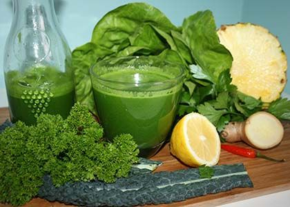 Metabolism-boosting, anti-inflammatory, and alkalizing fruit and vegetable smoothie.