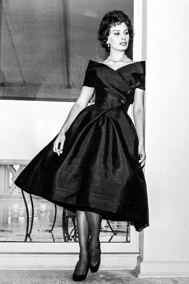 SOPHIA LOREN IN DIOR 15 Unforgettable Little Black Dresses
