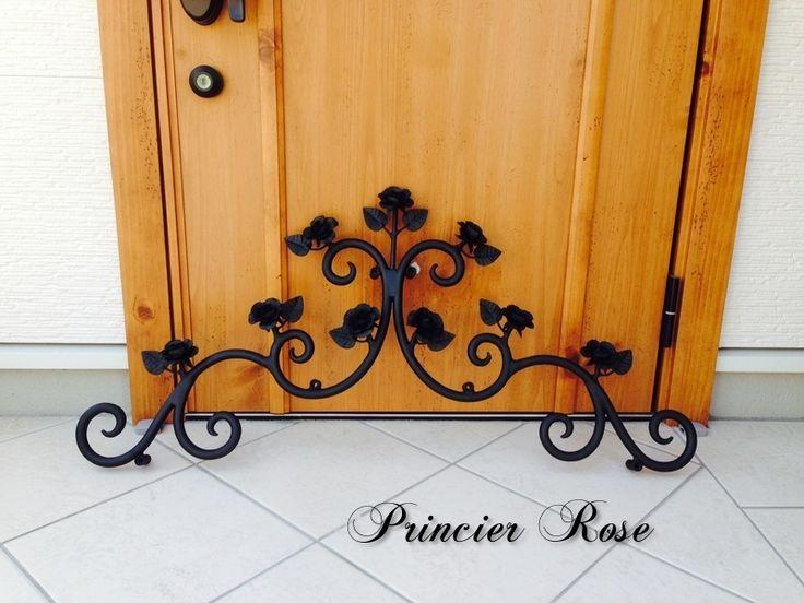 Wife decoration Rose motif