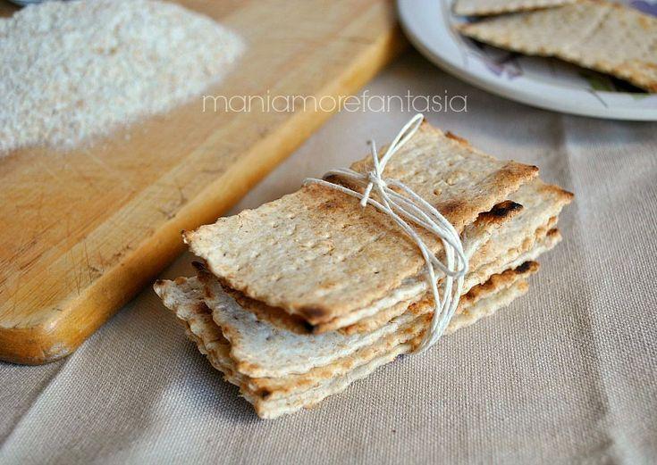 Crackers integrali cotti in padella