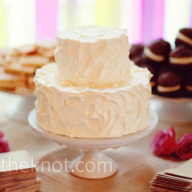 Buttercream Wedding Cakes And Desserts: 17 Best Ideas About Buttercream Cake