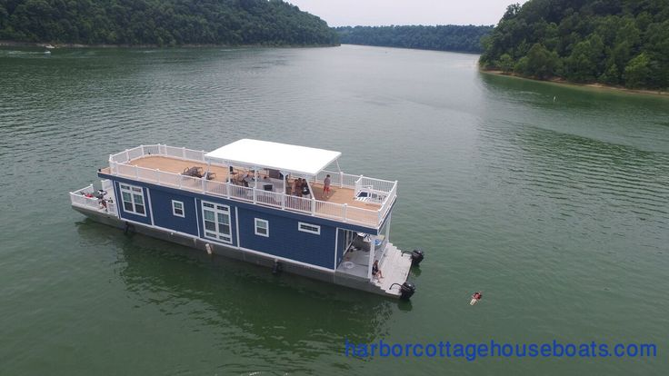 Check out the link below to see our Harbor Cottage Houseboats.  harborcottagehouseboats.com  Contact Us: 451 Lees Ford Dock Road Nancy, KY 42544 Phone 1-844-9COTTAGE  #houseboats #boats #photoshoot #sea   #backwaters #naturephotography  #travelphotography #travel #picture  #unique #colourful #travelling  #boat #boatlifestyle  #goldenwater #goldenhour #river