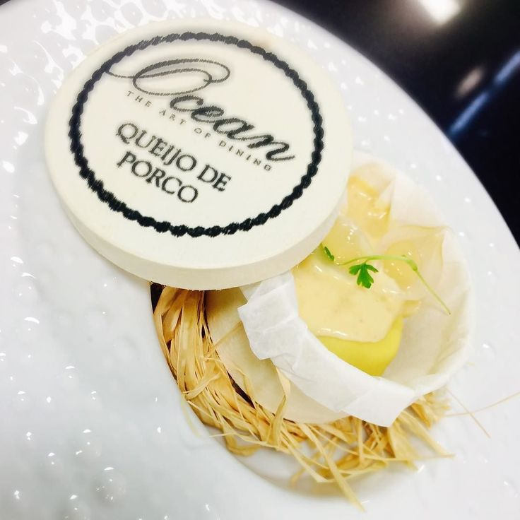 Queijo de Porco is the dish presented tonight at #RotaDasEstrelas by two star #michelin Chef Hans Neuner from the restaurant Ocean in #Lisbon. #luxury #hotel #porto