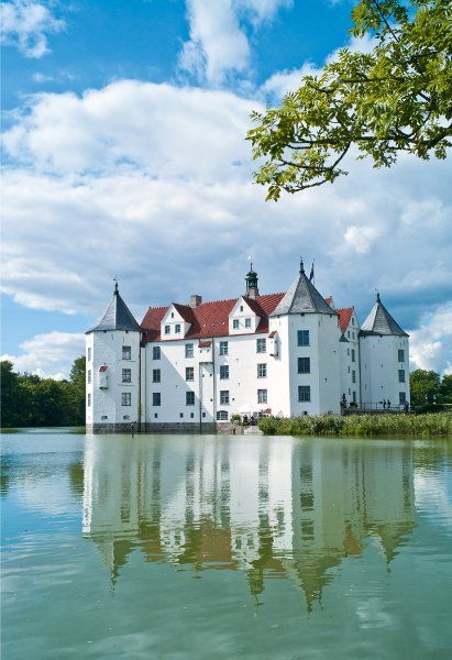 Wasserschloss Glücksburg, Schleswig-Holstein - hier lebte der Großvater meines Großvaters und arbeitete als Kastellan
