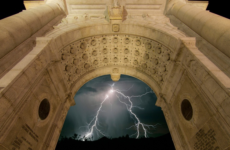 lightning And Thunder Storm Photos The Best of 2012  Collection of the 50 best lightning and thunderstorm pictures takken all over the world.