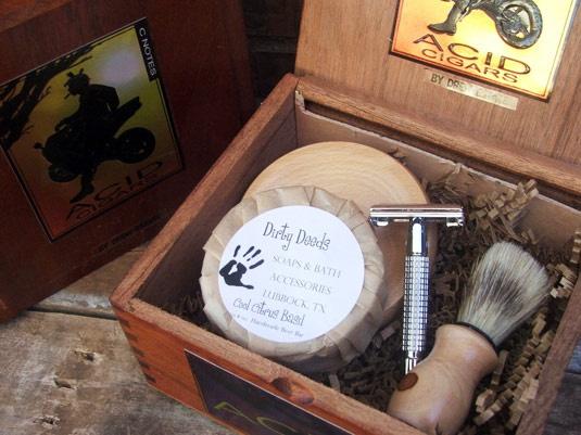 Cigar Box Shave Set with Boar Brush (Acid) & Razor