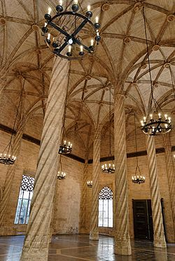 La Lonja de la Seda de Valencia o Lonja de los Mercaderes es una obra maestra del gótico civil valenciano del siglo XV.