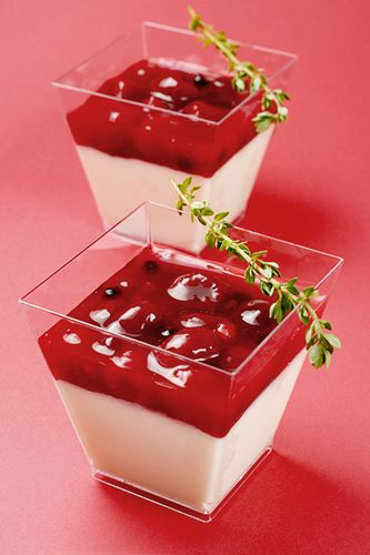 Panna Cotta with Strawberry Compote by Gerald Goh, via Flickr