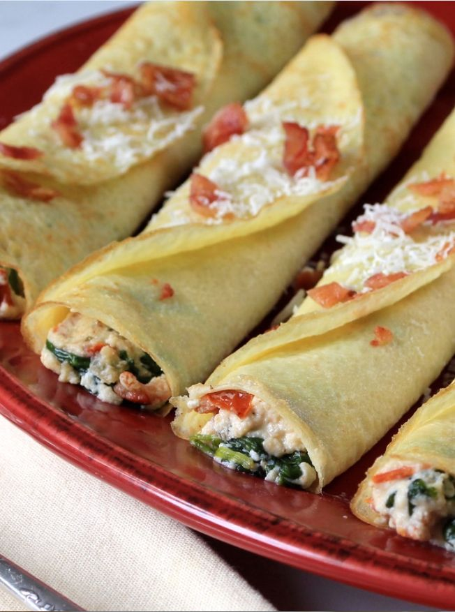 Not all crepes have to be sweet to be delicious – Savory Spinach, Ricotta, and Bacon Crepes. Recipe developed for Anolon® Gourmet Cookware by @margeperry