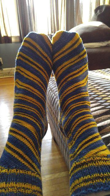 Ravelry: EmNeedsPractice's Minion socks
