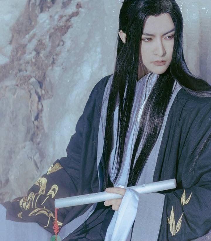 вид женщины, картинки японец с длинными волосами квадраты