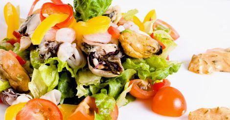 Корейский салат из морского ассорти