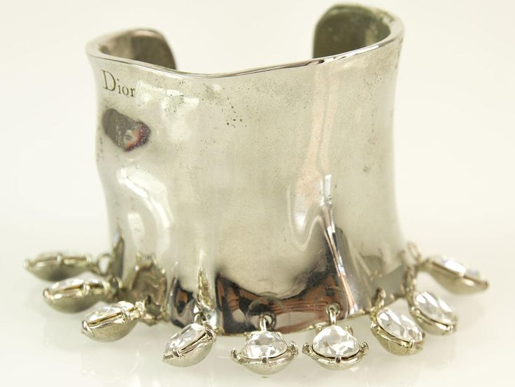 Christian Dior Silver Metal Wide Cuff Bangle Bracelet w/ Swarovski Crystals Box | swapshop.gr