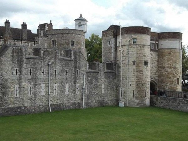 Tower of London.  This tower is haunted by one of our favorite ghosts in history: Anne Boleyn. Countless books, movies, and TV shows have depicted Henry VIII and his many wives, and Anne is by far the most popular among them. She was tried for treason and locked away in the tower until her execution by beheading, also on the tower grounds.