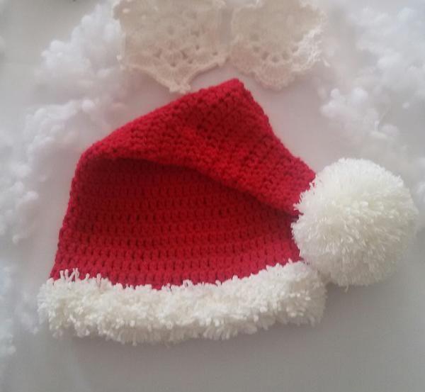 Noel baba şapkası @happy.crochet tarafından hazırlanmıştır. Pattern by @happy.crochet on instagram.