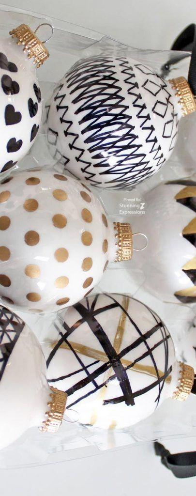 Decoración navideña en blanco y negro 2017 – 2018 https://cursodeorganizaciondelhogar.com/decoracion-navidena-en-blanco-y-negro-2017-2018/ Christmas decoration in black and white 2017 - 2018 #Adornosnavideños2017, #Arreglosnavideños2017, #Cómodecorarunárboldenavidadblanco, #decoracionnavideña2017, #arbolesdenavidad2017, #decoracionnavideña2018, #navidad2018, #decoracionnavidad2017, #adornosnavideños2018, #decoraciondenavidad2017, #decoraciondearbolesdenavidad2017…