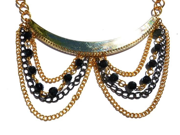 Collar Cleo Black  find us on Facebook: Las Marinas