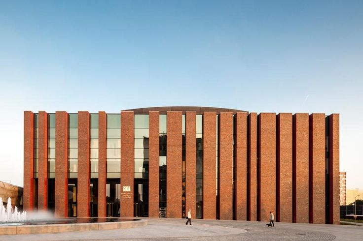 National Polish Radio Symphony Orchestra / Konior Studio