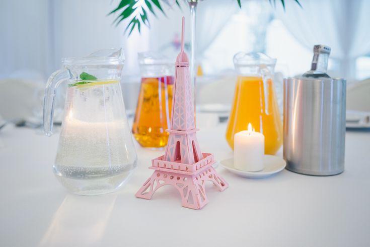 wesele-w-stylu-paryskim #wedding #eiffeltower #table #candle #paris
