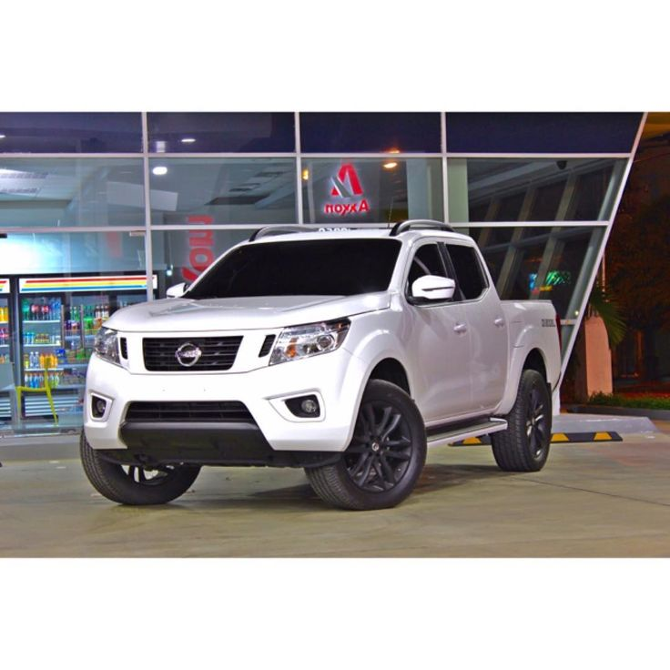 Beautiful Nissan Pickup 2017