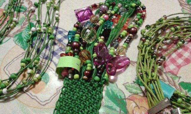 Makramé karkötő es nyaklánc zöld