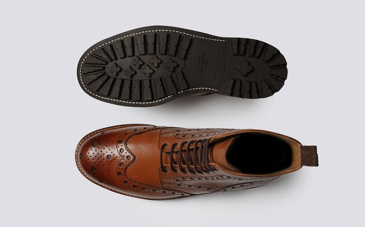 Mens Brogue Boot in Tan Alpine Grain Leather with a Commando Sole | Fred | Grenson Shoes - Top & Bottom View